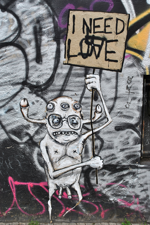 Street Artist Rallitox - Photos and Report by Street Art Berlin