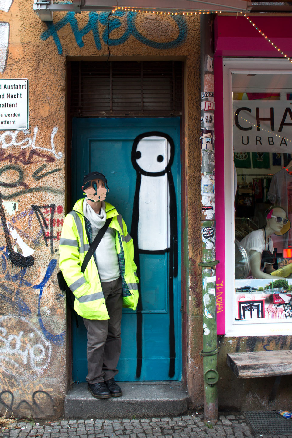 London based Street Artist Stik hits Berlins Street Art Scene