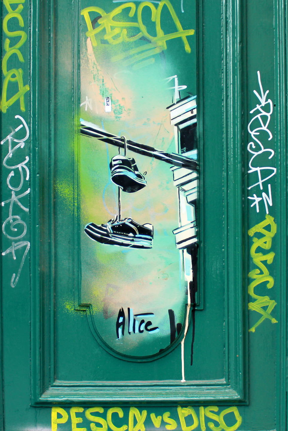 "Street Art by AliCé aka. Alice Pasquini ""Shoes"" at Kotbuserdamm in Berlin"