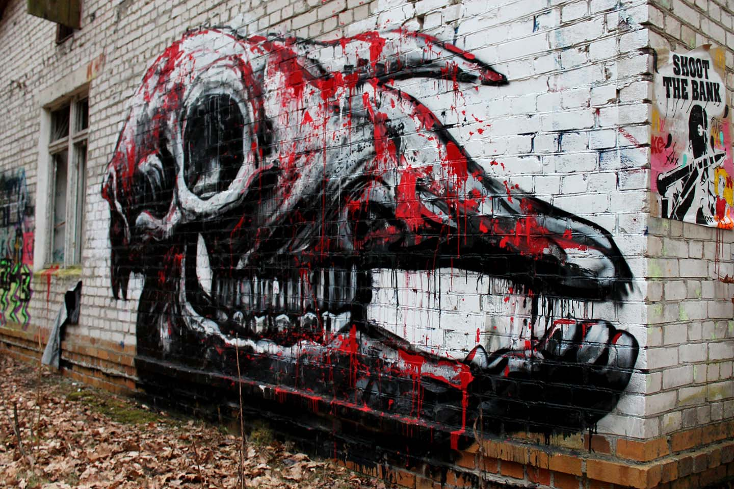 Mural of a skull by Belgian Street Artist Roa in Grabowsee near Berlin
