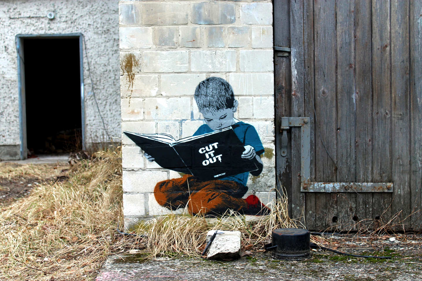Banksy - Cut it out by Berlin based stencil Street Artist Alias