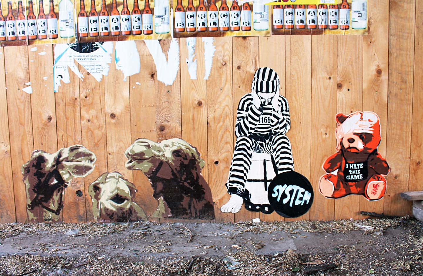 Teddy - I hate this Game from Street Artist Robi the Dog in Berlin