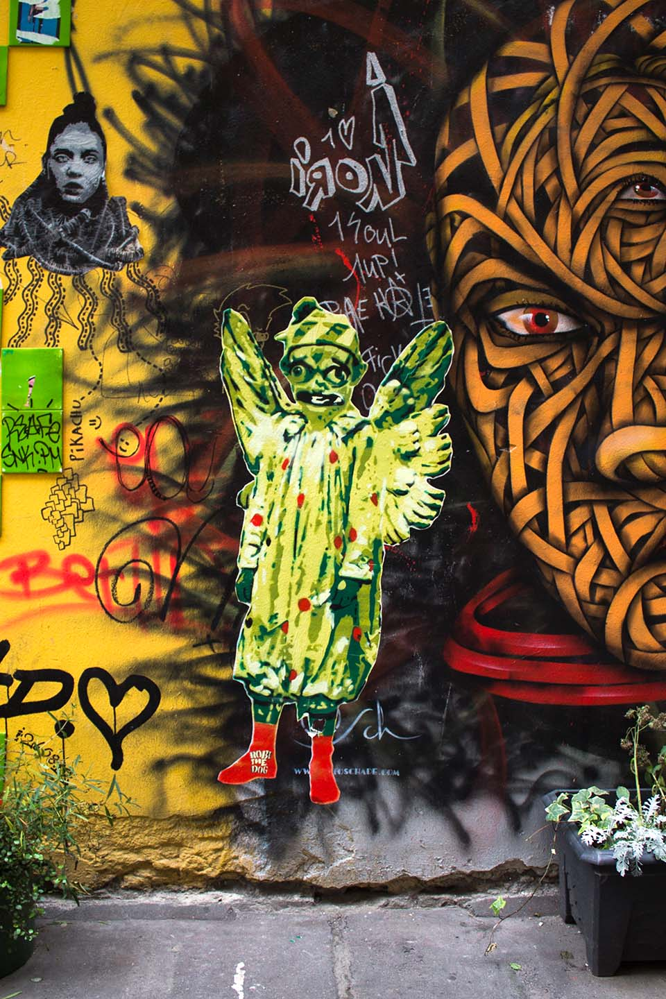 Death Angel from Street Artist Robi the Dog in Berlin